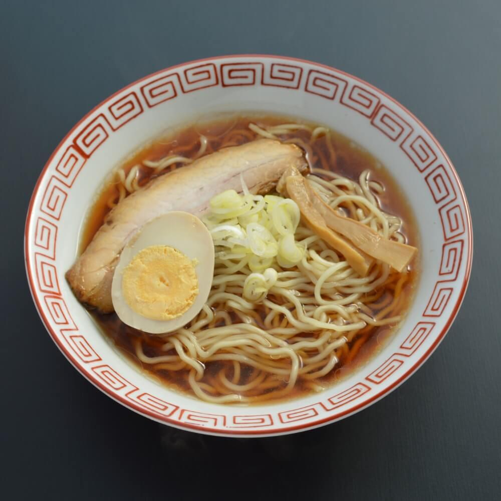 商品名:中華食堂、中加水の中太麺・ちぢれ麺のあっさり醤油ラーメン