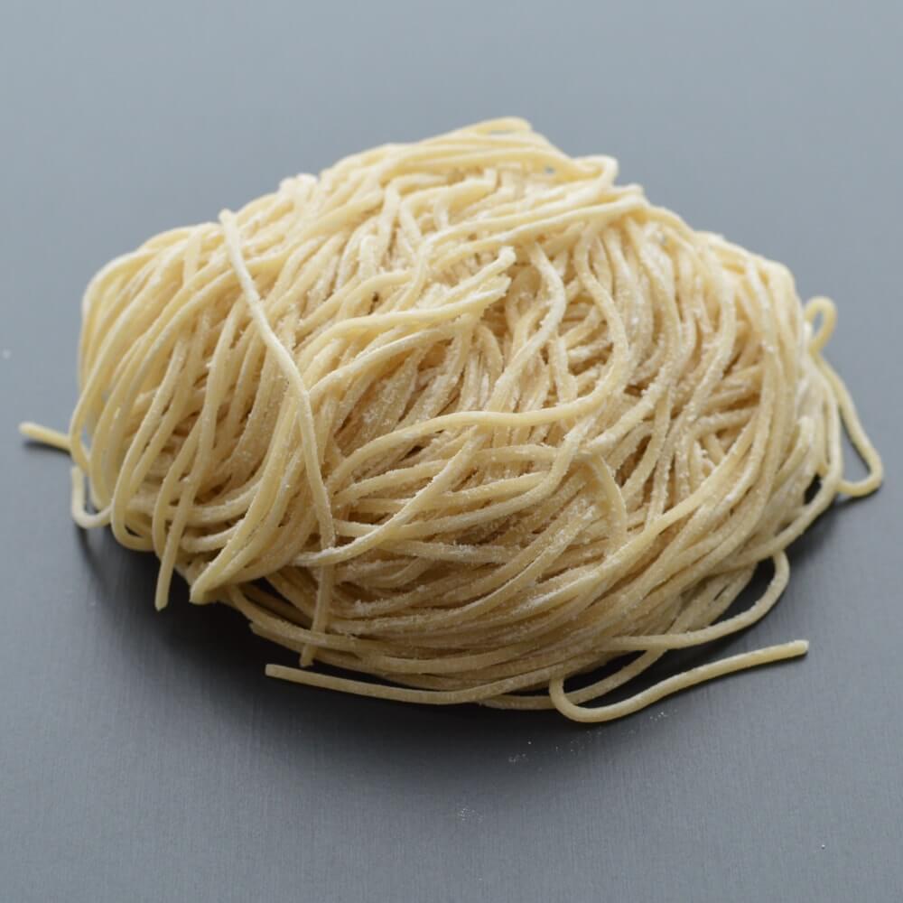 商品名:パツン、中加水の細麺・ストレート麺の生麺