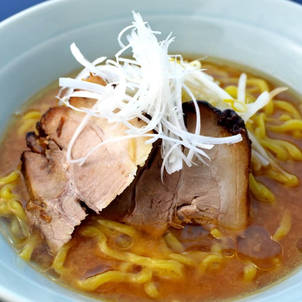 商品名:ぶりん、多加水 熟成の太麺・手揉み麺の味噌ラーメン