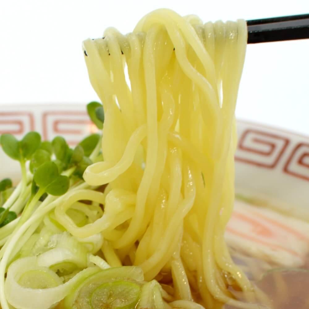 商品名:昔ながら、多加水 熟成の中太麺・ストレート麺のあっさり醤油ラーメン
