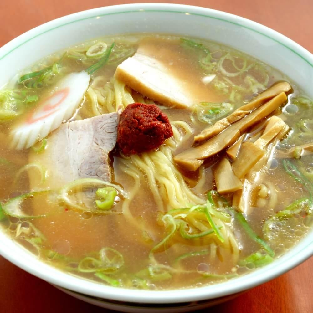 商品名:福寿、多加水 熟成の平打ち太麺・ストレート麺の味噌ラーメン