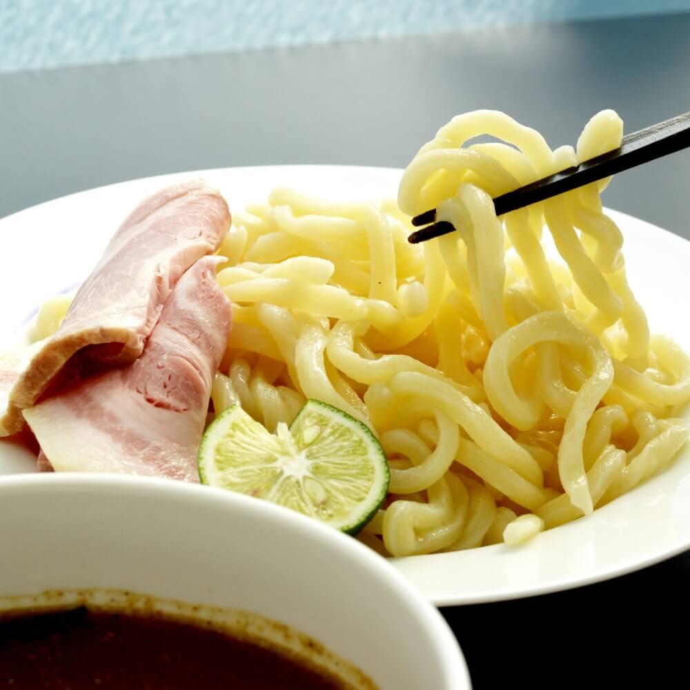 商品名:武蔵野、中加水の極太麺・ストレート麺のつけめん